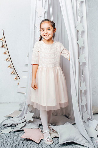 Child pink lace dress with tulle skirt